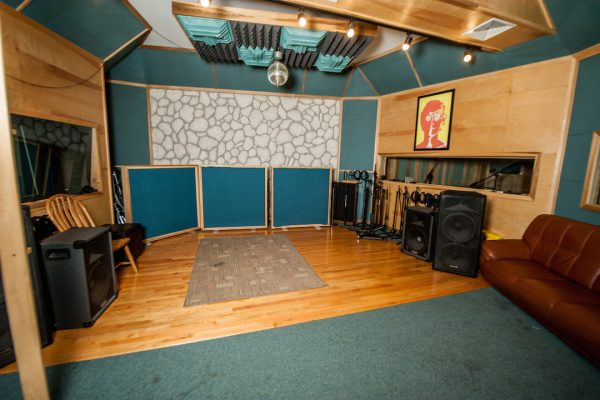 studio-room-1